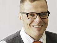 Dr. Lars Madsen